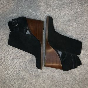Lucky Brand a wedge Booties